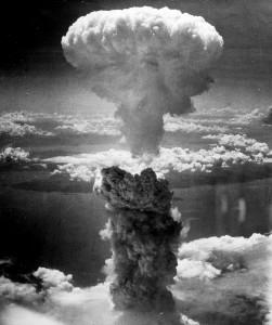 atomic-bomb-398277_1920