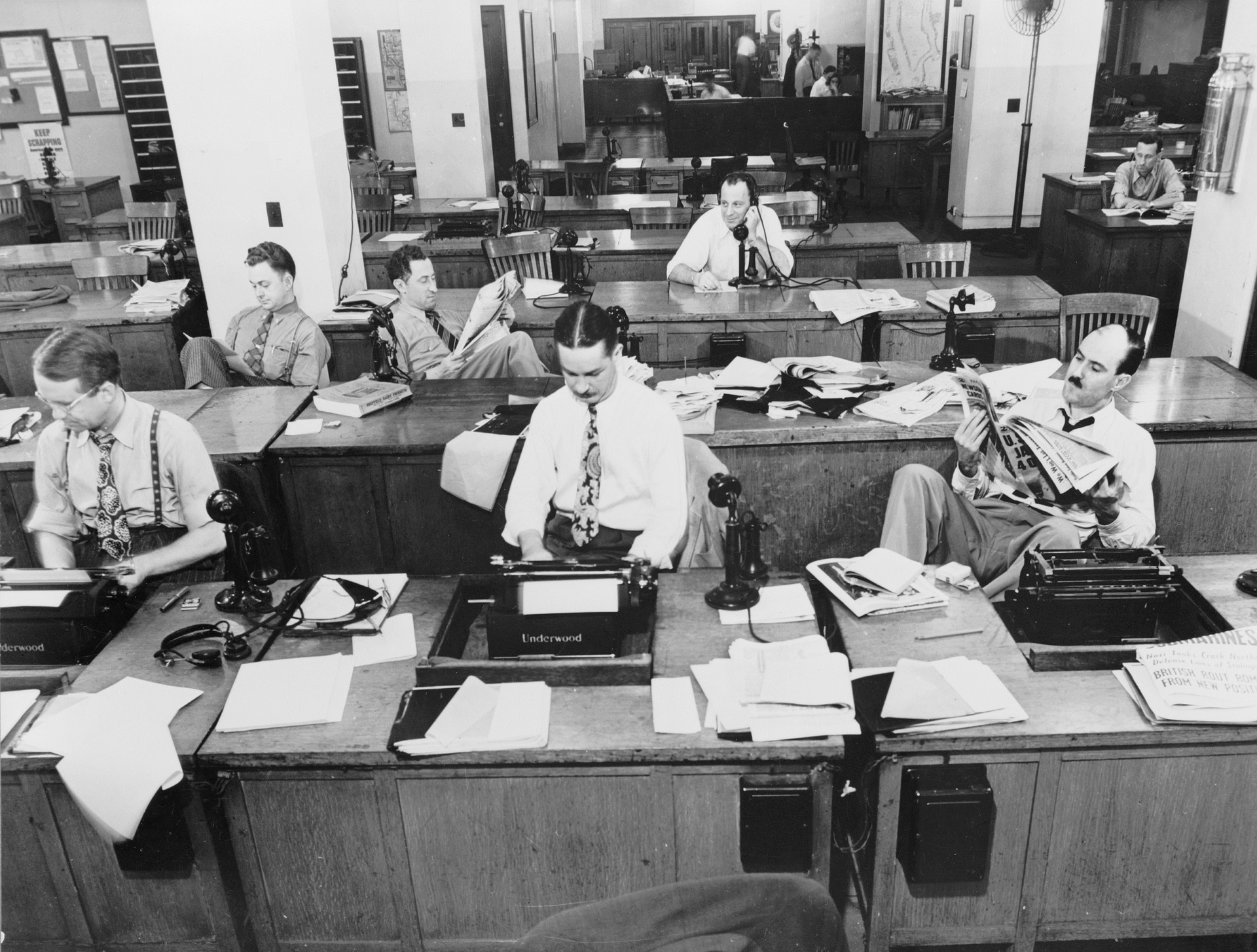 1942 - New York Times Newspaper pressroom, professional reporters